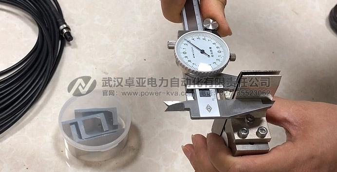 游标卡尺测量高压隔离开关触指压力测试仪触头